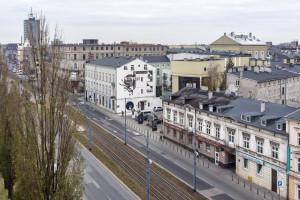 Unikalna instalacja ceramiczna zmienia przestrzeń miejską w Łodzi