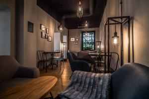 Dobry design i najlepsza kawa, czyli Cavarious na Nowym Świecie