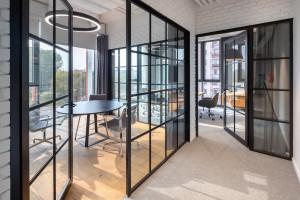 Innowacje, które zapewnią prywatność w każdym biurze