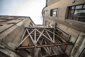 Kamienica Auerbachów dostanie drugie życie. Powstaną w niej biura i lokale użytkowe