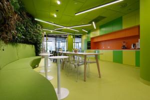 Oto biuro KPMG w katowickim budynku Francuska Office Center