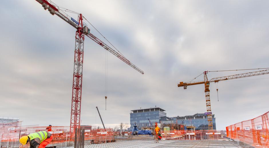 Co słychać na budowie ultranowoczesnej siedziby DSV w Warszawie?