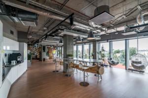 Jedno z najbardziej komfortowych i innowacyjnych biur w Polsce. Design biura Skanska wart docenienia