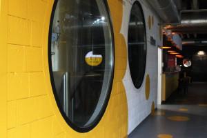 Takiego miejsca w Łodzi jeszcze nie było! Zaglądamy do wnętrza niezwykłej klubopiwiarni