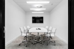 Otwarta przestrzeń ułatwiająca współpracę i komunikację. Oto biuro Apsys w Q22