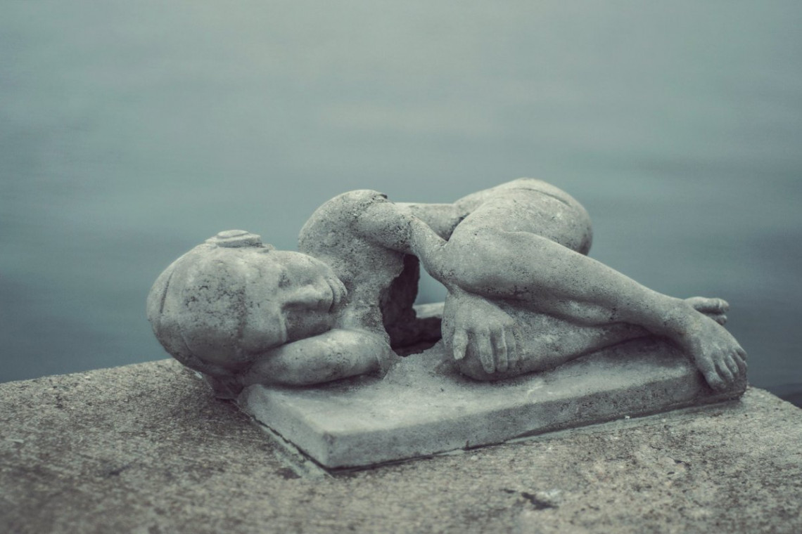 """Nowa rzeźba  podrzucona w mieście przez """"gdyńskiego Banksy'ego"""""""