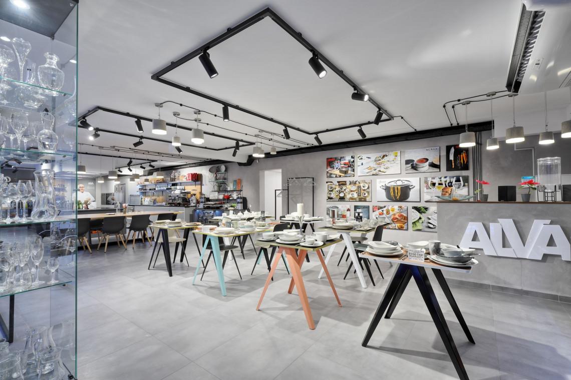 Z miłości do kuchni stworzyli wyjątkowe studio kulinarne i showroom. Zaglądamy do środka!