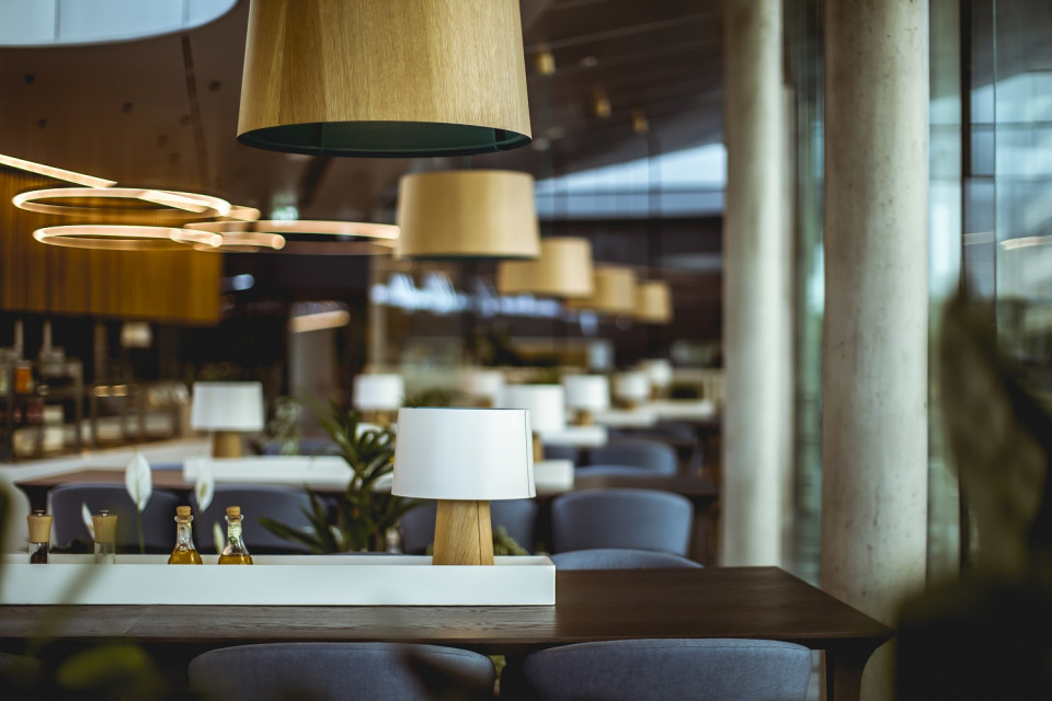 Biurowiec Kauflandu zachwycił restauracją. To projekt Grupy RB