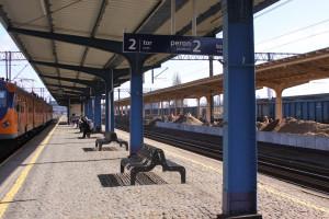 Piła - wygoda dla podróżnych i historyczny styl stacji