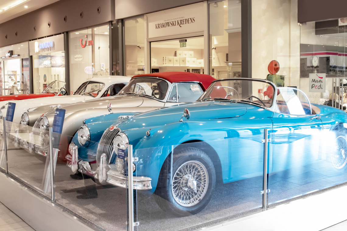 Motolegenda. Wystawa kultowych Jaguarów w Avenina Poznań