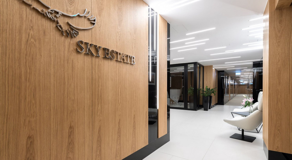 Zarządca nieruchomości Sky Estate uchyla rąbka tajemnicy. Zaglądamy jako pierwsi do nowego biura!
