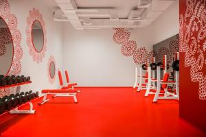 Krakowska tradycja w klubie fitness? Niezwykłe wnętrza Fitness Platinium KKF