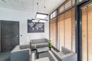 Jak zaprojektować nowoczesne i funkcjonalne biuro?