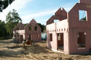 Losy prefabrykacji na polskim podwórku