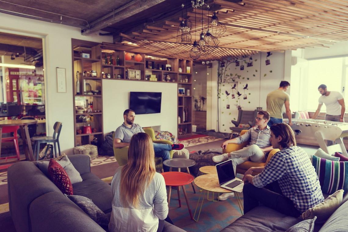 Współczesne biuro jest naszpikowane nowoczesnymi technologiami