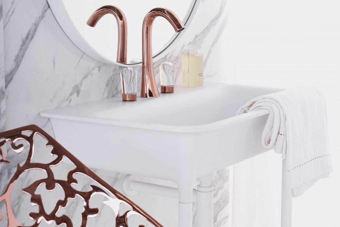 Projektantka Sybille de Margerie słynie z umiłowania do pałacowej estetyki. Postawiła na wnętrzarski haute couture