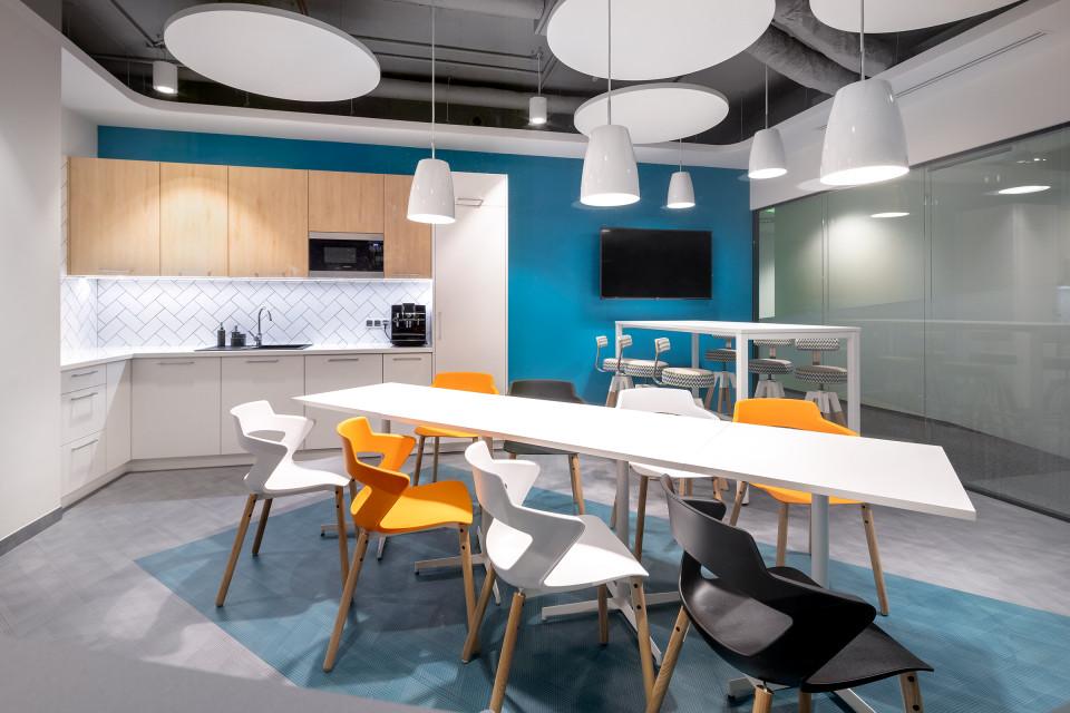 Massive Design z kolejnym projektem na koncie. To ich najnowszy projekt biura w Warszawie!