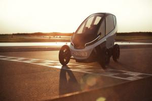 Triggo - innowacyjny polski pojazd podczas testów na torze