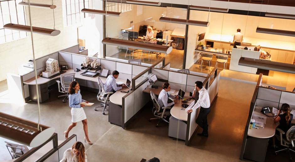 Polacy znaleźli sposób na nowoczesne biuro bez inwigilacji