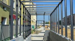 Trwa budowa II linii metra w Warszawie. Coraz więcej metra na Woli