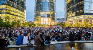 Kino letnie na Placu Europejskim w Warszawie. Czym zaskoczy?