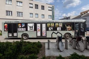 MOCAK przerobił autobus na... salę wystawową