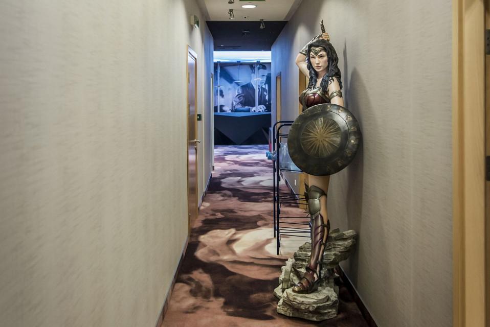 Hollywoodzkie niebo w warszawskim biurowcu, czyli wnętrze polskiego Warner Bros