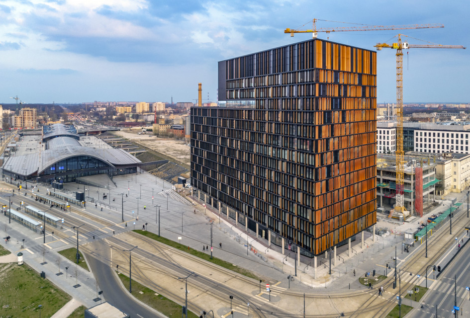 To symbol zmian w Nowym Centrum Łodzi. Czy Brama Miasta okaże się najciekawszym budynkiem biurowym na polskim rynku?