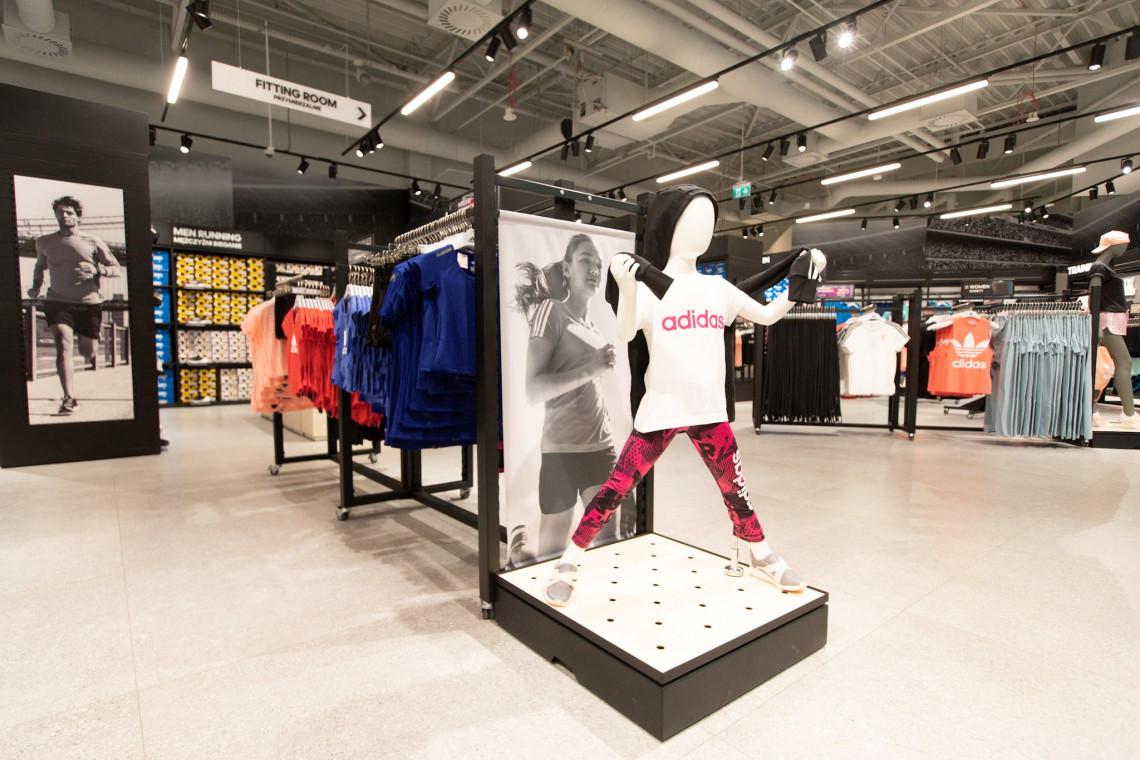Tak wygląda największy outlet Adidas. Marka postawiła na nowy koncept