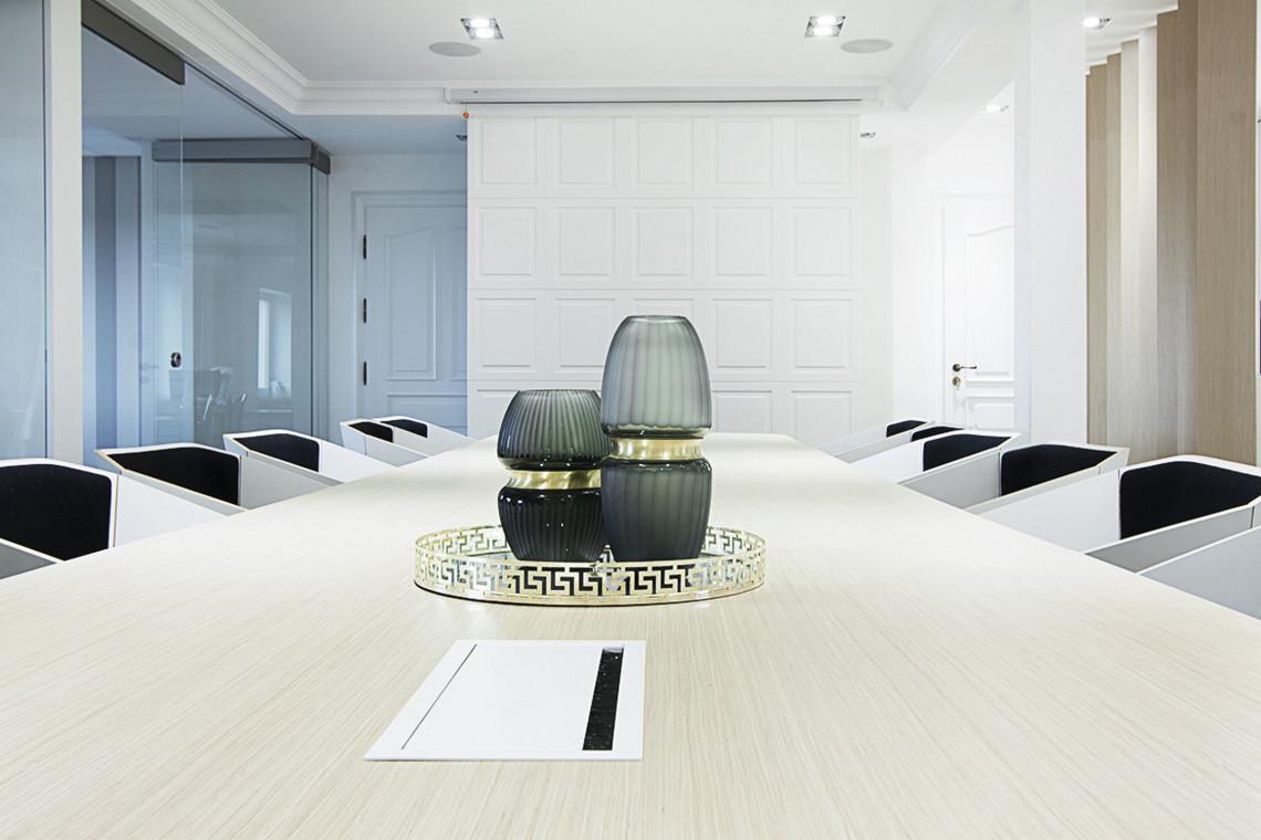 Niewymuszona elegancja i przywiązanie do detali. Zaglądamy do wyjątkowego biura w Kutnie