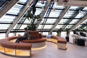 Coworking w samym sercu salonu Warszawy. Czy WeWork w Hotelu Europejskim zgarnie Prime Property Prize?