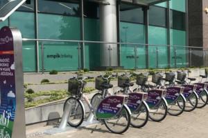 Rowerem do Galerii Mazovia. Nowa stacja rowerowa w Płocku
