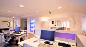W polskich biurach coraz więcej nowoczesnych rozwiązań audio, video i aromamarketingu