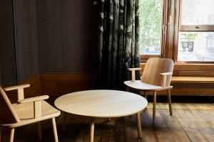 10 niezwykłych projektów z drewna spod kreski najbardziej obiecujących europejskich projektantów
