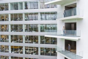 Przyszłość oświetlenia biurowego. Nowe technologie i personalizacja