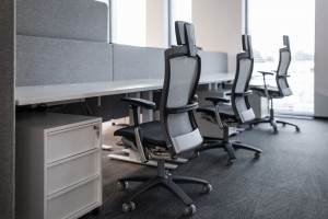Meble biurowe a nowe technologie