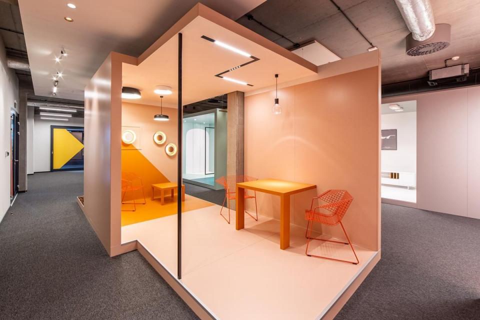 AQForm otworzyło Centrum Badawczo-Rozwojowe oraz showroom