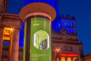 Na ulicach Warszawy mieszkańcy uczą się jak segregować odpady