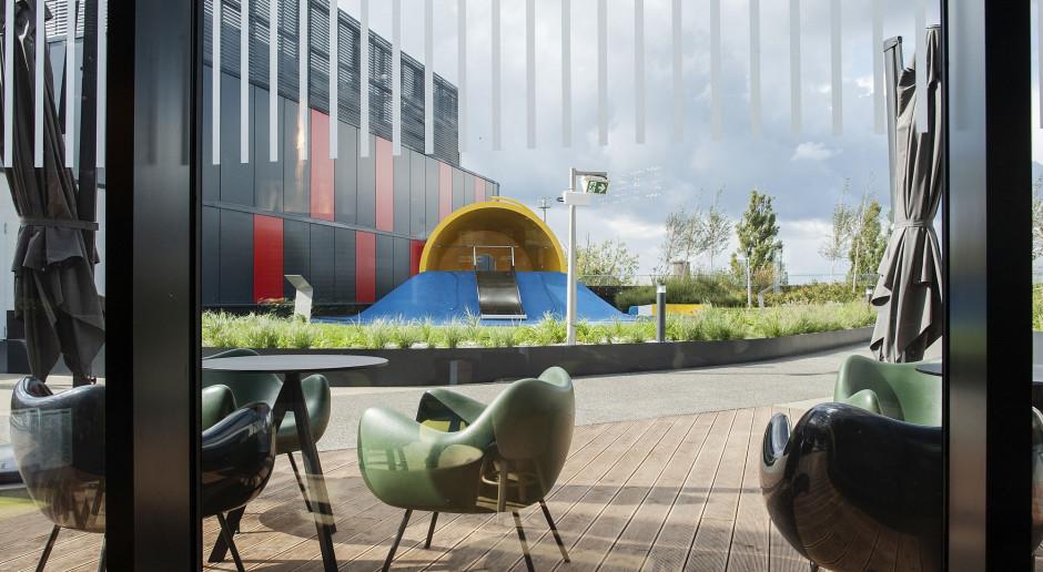 Studio Izabela Bołoz wprowadza sztukę i design w świat dziecięcej zabawy