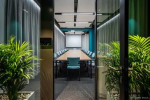 Biura przyjazne użytkownikom - jak design może zmniejszyć stres w pracy?