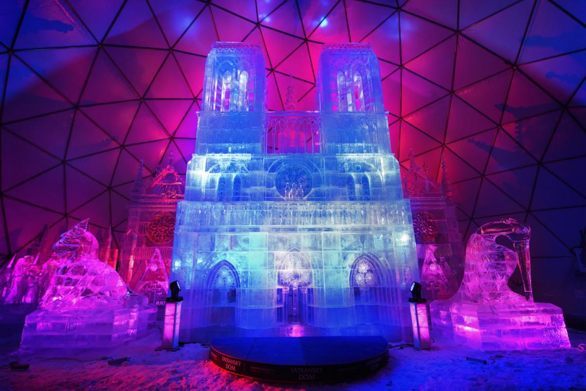 Na Hrebienoku można podziwiać lodową katedrę Notre-Dame