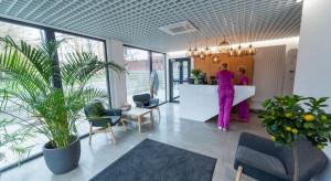 Prefabrykowane gabinety medyczne? Zobacz budynek D105, w pełni stworzony z modułów