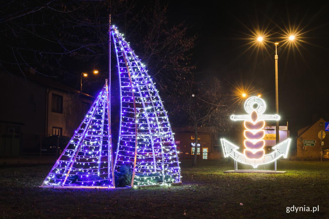 Pierwsze świąteczne iluminacje rozbłysły w Gdyni