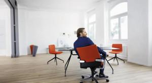 Warto zadbać o kręgosłup w biurze