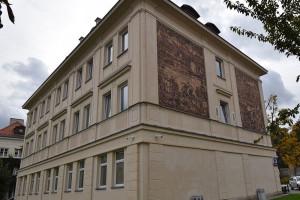 Dekoracja sgraffitowa warszawskiego budynku wpisana do rejestru zabytków
