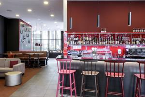 Kolor, coworking i lokalne akcenty - to oferują wnętrza hoteli Vienna House