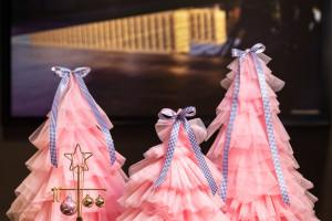 Świąteczny wystrój zainspirowany modą we wnętrzach hoteli Sofitel