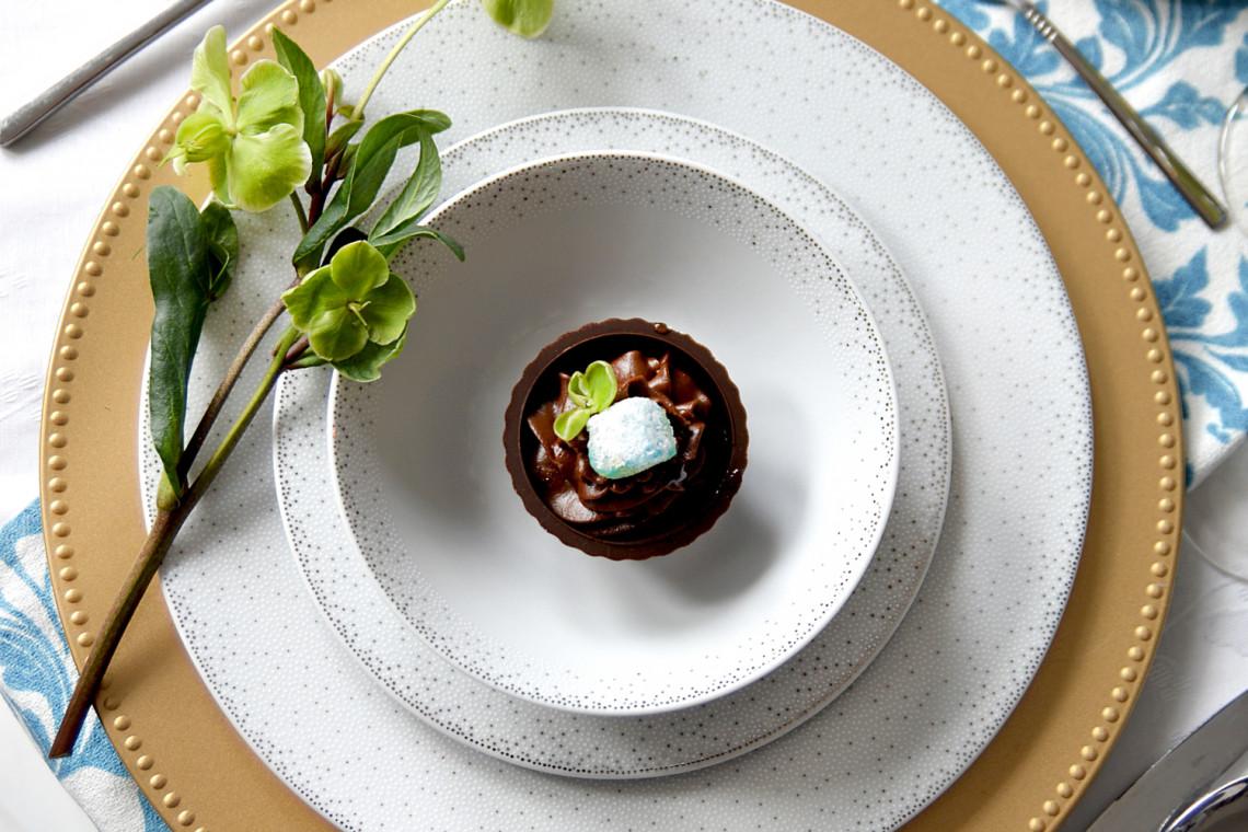 Ćmielów odświeża kultowy wzór swojej ceramiki