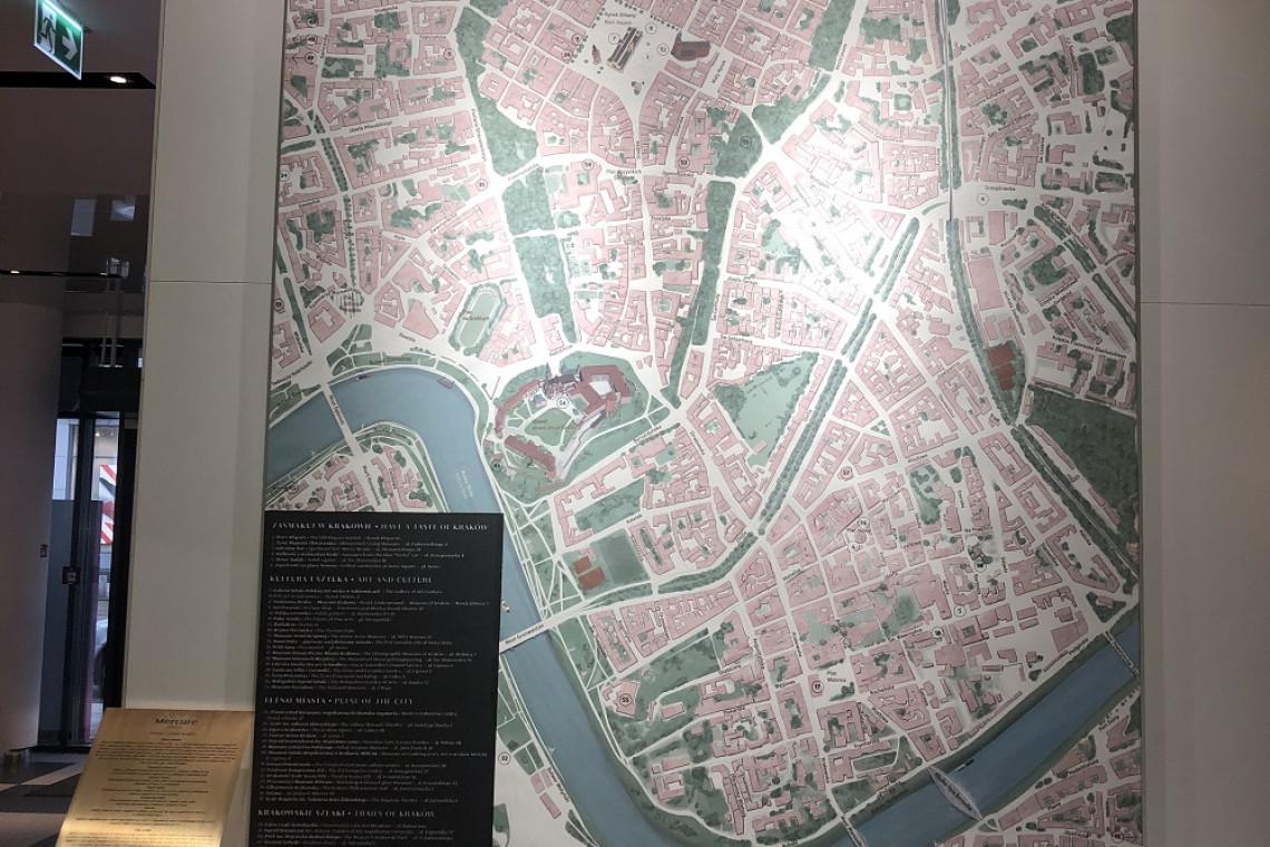 Wyjątkowa mapa miasta w krakowskim hotelu