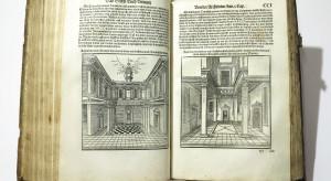 Wietrzenie magazynów we wrocławskim Muzeum Architektury